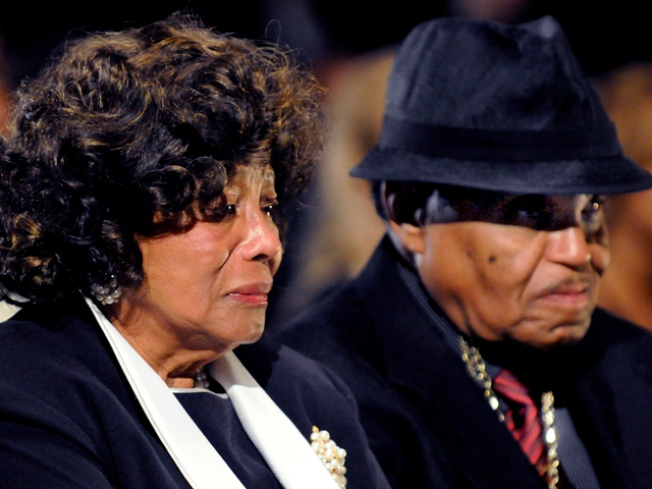 Judge Says Katherine Jackson Can Challenge Administrators Of Son's Estate