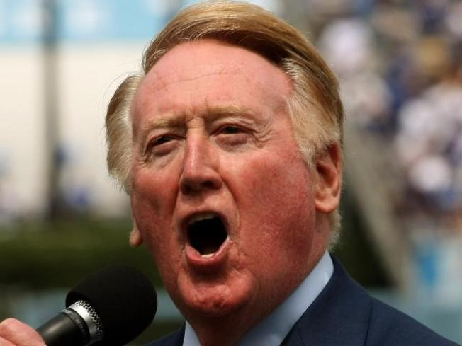Vin Scully Returns as Dodgers' Announcer for the 2011 Season