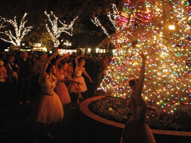 Solvang's Cozy Christmas Lead-Up