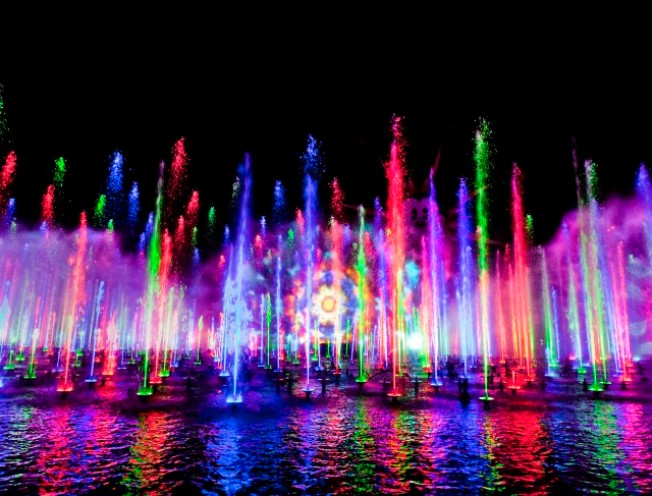 Disney's World of Color Debuts