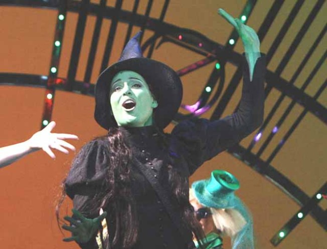 "Wicked Castmembers Are ""Defying Inequality"""