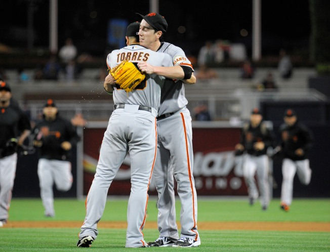 Tim Lincecum Pitches No-Hitter Against Padres