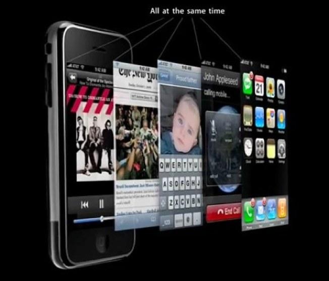 Watch: Jobs Unveils iPhone Multitasking