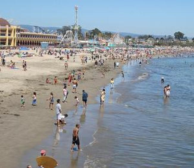 EPA Agrees to Set Beach Water Criteria By 2012