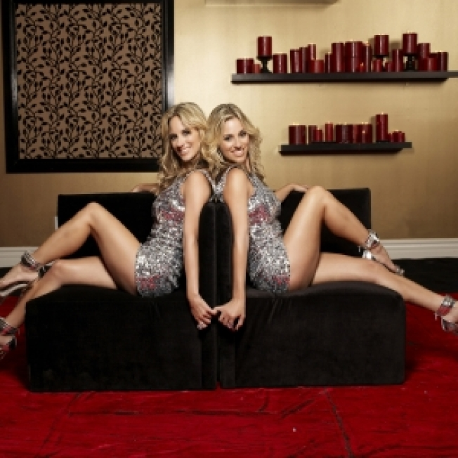 Bisexual Twins Sign On For Double 'Shot At Love'
