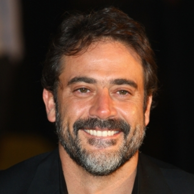 Jeffrey Dean Morgan Learns He's A Father