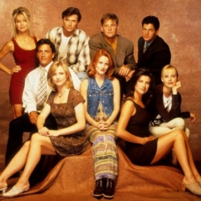 "Original ""Melrose Place"" Cast Reunites for Upcoming Scene"