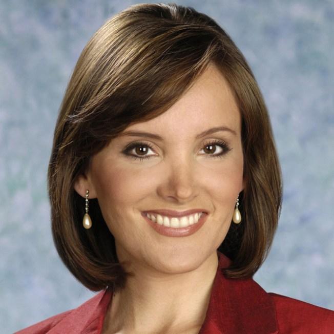 Tania Luviano Biografía