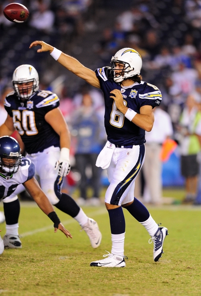 Chargers Bring Back Whitehurst