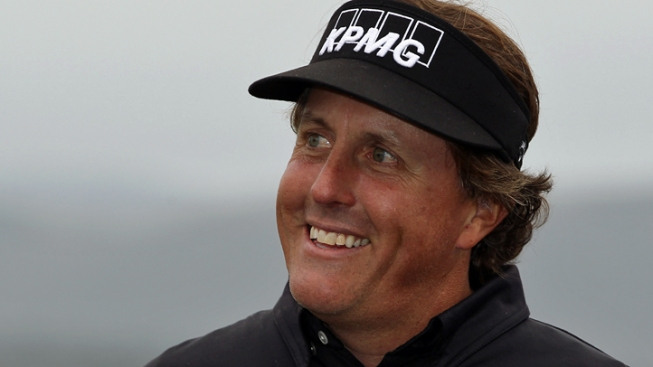 Phil Mickelson Joins Group Bid for San Diego Padres