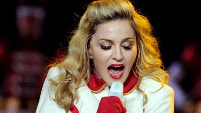 Madonna Booed After Touting Obama in La. Concert