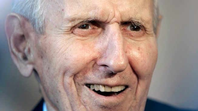 """Dr. Death"" Kevorkian Dead at 83"