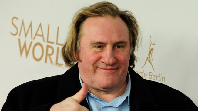 Depardieu Wants to Surrender French Passport