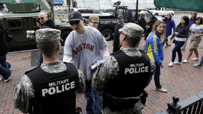 Boston Red Sox, Bruins Back After Bombing, Manhunt
