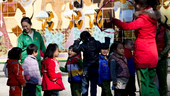 Chinese Think Tank Urges End to One-Child Policy
