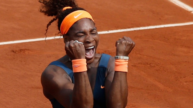 Serena Williams Beats Sharapova in French Final