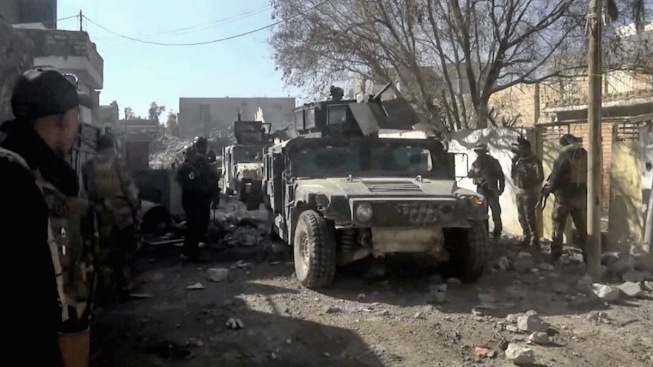Iraq: Slow Progress in ISIS-Held Ramadi Due to Bombs, Snipers