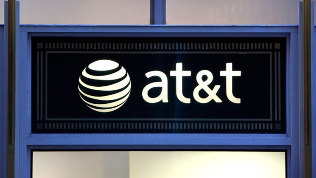 AT&T Gives $500K for Tech Training Courses