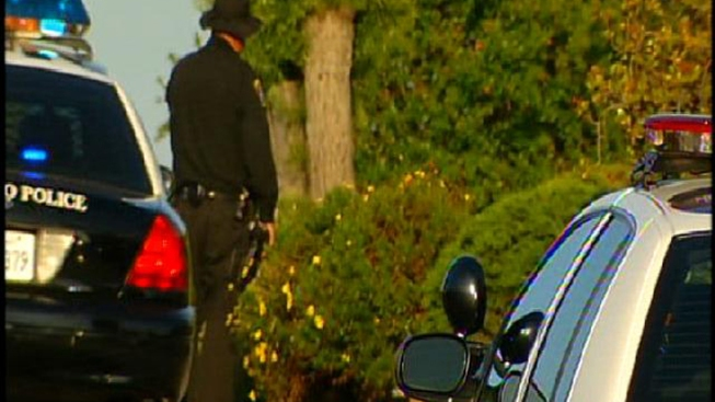 Suspected Bank Robber Barricades Himself in Home