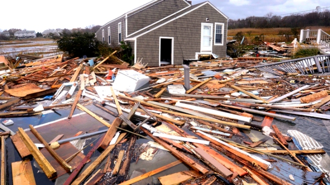Power Key Worry in Sandy Relief, CA Utilities to Send More Help