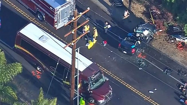 3 Injured in Collision with Casino Bus