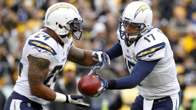 Chargers Embarrass Lifeless Steelers: 34-24