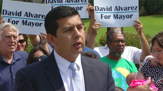 Mayoral Race Draws Alvarez to Potential Record-Sized Field