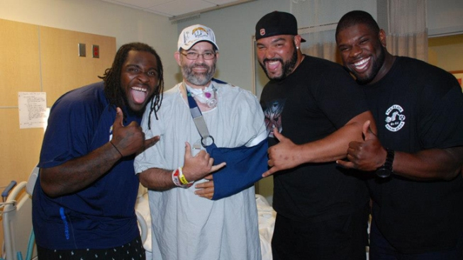 Chargers Visit Wounded Deputy at Hospital