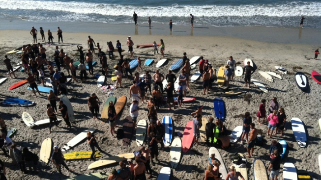 Dozens 'Paddle-Out' to Honor Former Navy SEAL