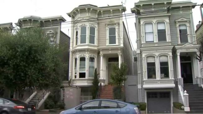 San Francisco Bans Tour Buses From Full House Residence
