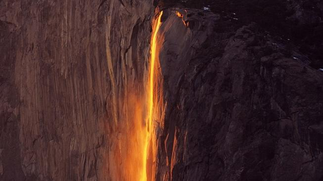 Famous 'Firefall' to Sparkle in Yosemite Valley
