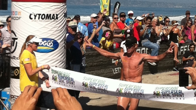 Lance Armstrong Competes in Local Triathlon