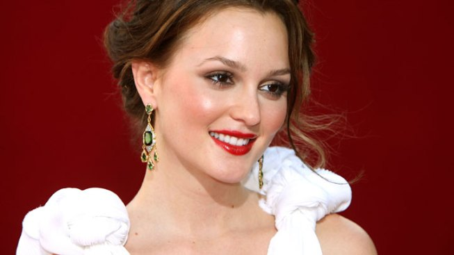 "Leighton Meester's Mom Drops Claims on ""Gossip Girl"" Money"