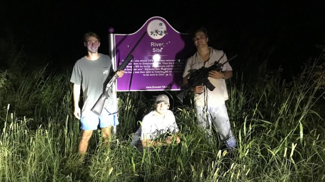 Ole Miss Fraternity Suspends Gun-Toting Students Who Took Photo in Front of Emmett Till Sign