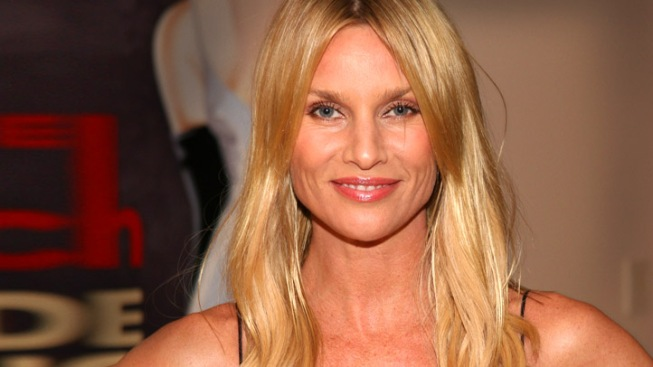 "Nicollette Sheridan Testifies Against ""Desperate Housewives"" Creator"