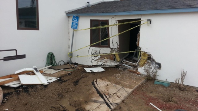Car Rams into Building in Pacific Beach