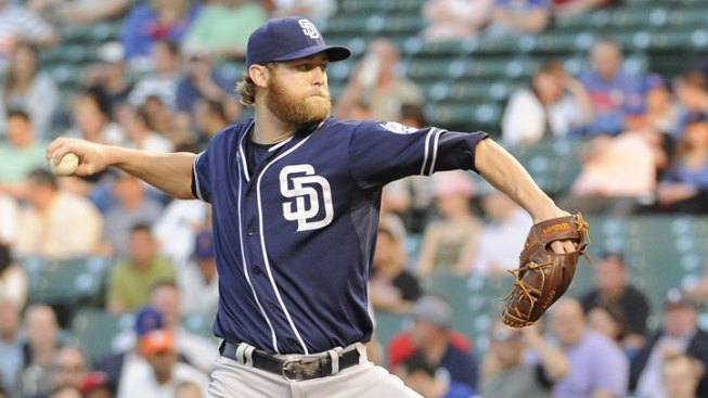 Padres Hold Off Braves