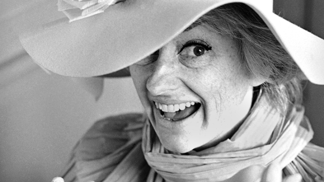 Phyllis Diller Dead at 95