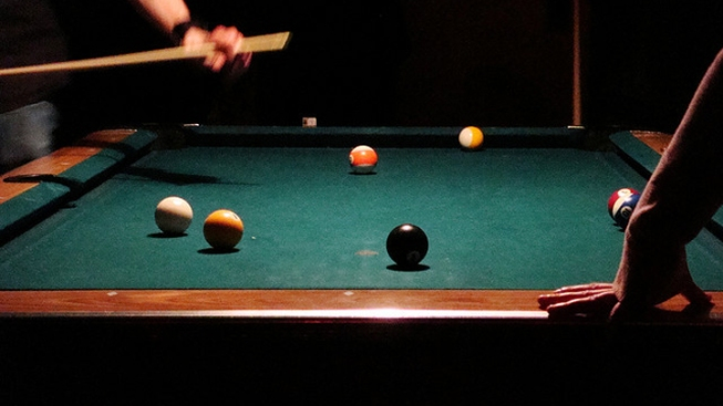 Bar Patron Gets Hand Stuck in Pool Table