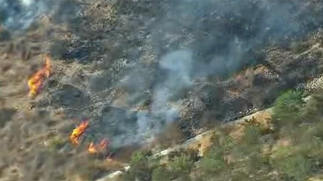 Crews Battle Brush Fire in Scripps Ranch