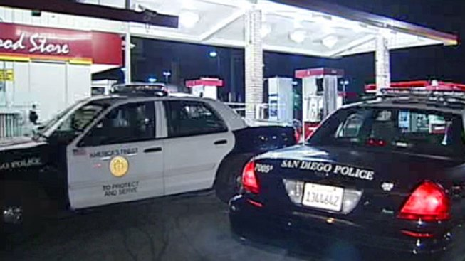 Cops Investigate Similar Gas Station Robberies