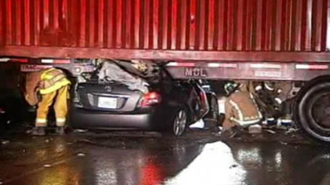 Tractor-Trailer Swings into Traffic, Kills 1