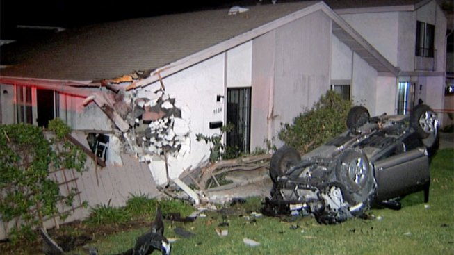 Car Clips House Near UC San Diego Campus
