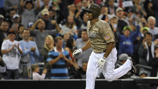 Volquez Hits 3-Run Homer in Padres Loss to Blue Jays