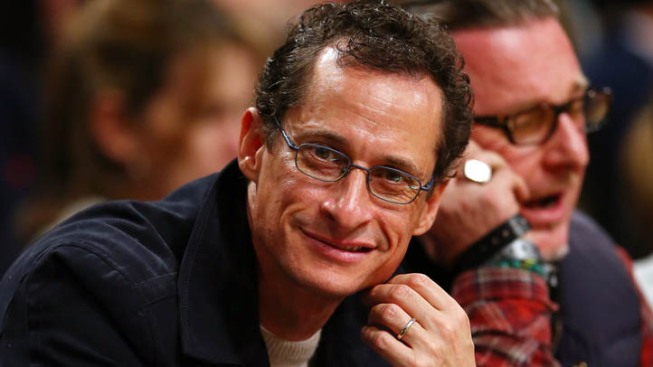 "Anthony Weiner Back on Twitter, Wanting a ""Fresh Start"""