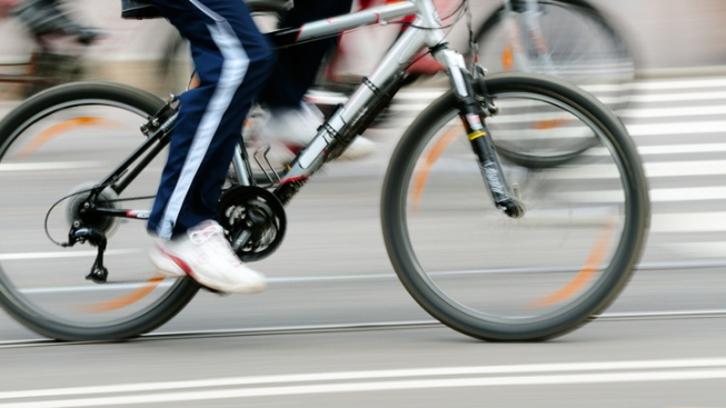 Female Bicyclist Struck in Mission Bay Park