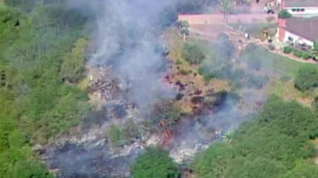 Clairemont Homes Threatened by Brush Fire