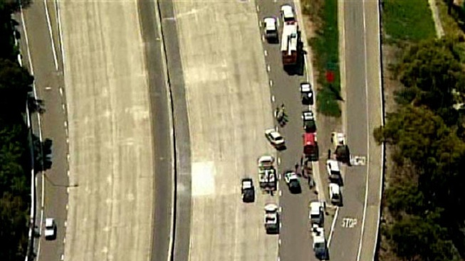 Suspected Pipe Bomb Closes Down Coronado Bridge