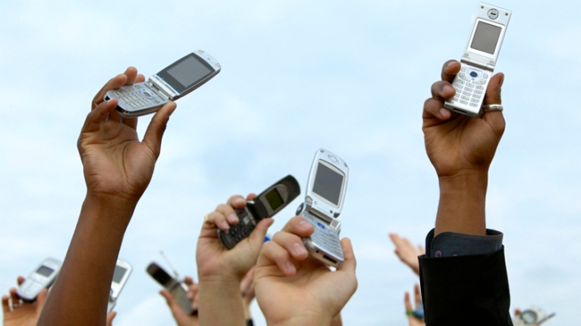 Fear of Being Phoneless Is on the Rise