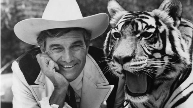 Cal Worthington Dies at 92